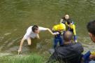 湖南大学马院院长勇救落水儿童 笑称水质太差